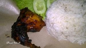 bekal-makanan-praktis-nasi-timbel-dan-ayam